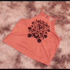 Pink tank top with details